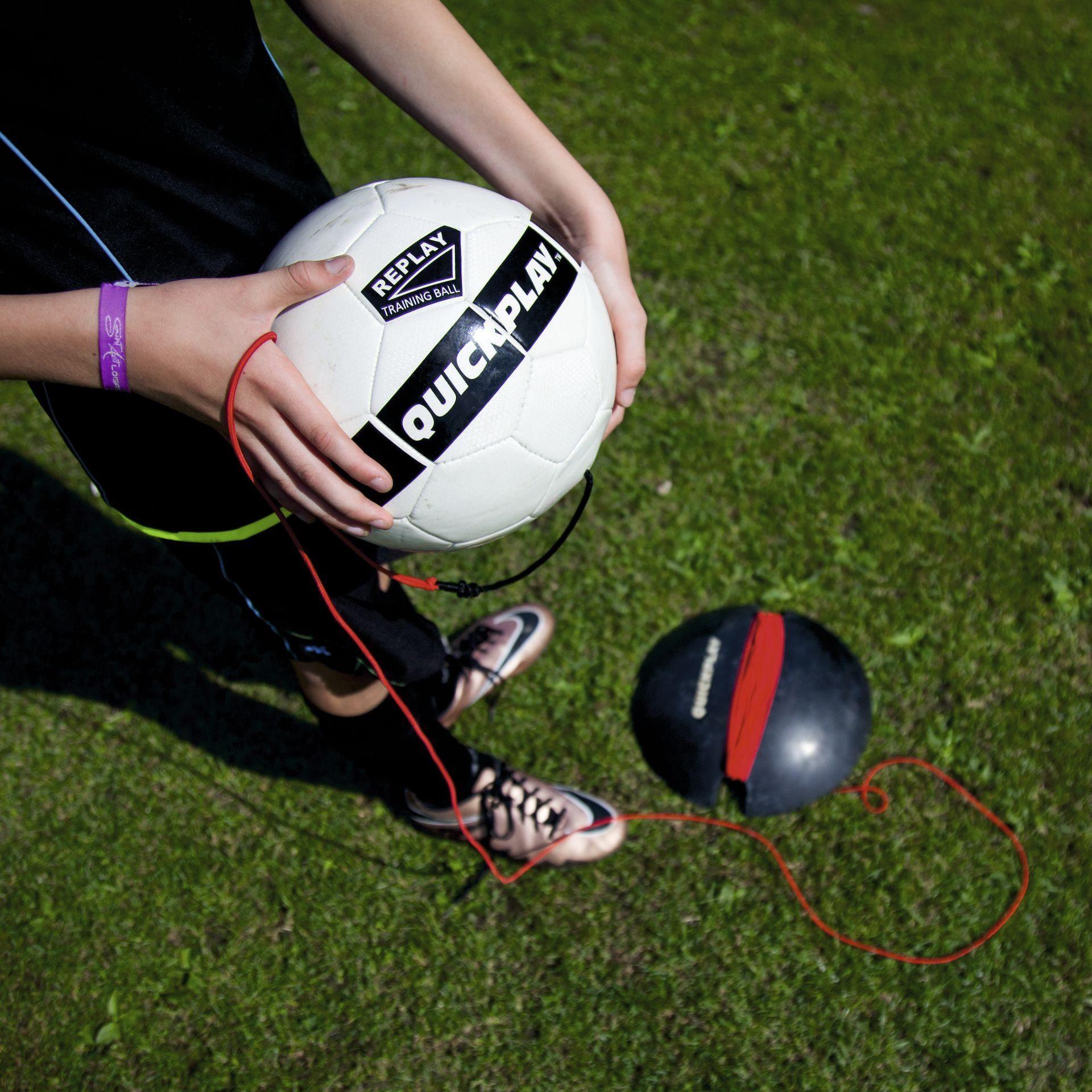 Футбольный тренажер QUICKPLAY REPLAY BALL размер 4 купить в Москве ... c691da58989